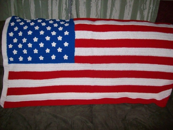 Crochet american flag with authentic star by for Proper placement of american flag