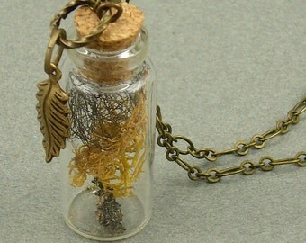 I Lichen Texas woodland necklace