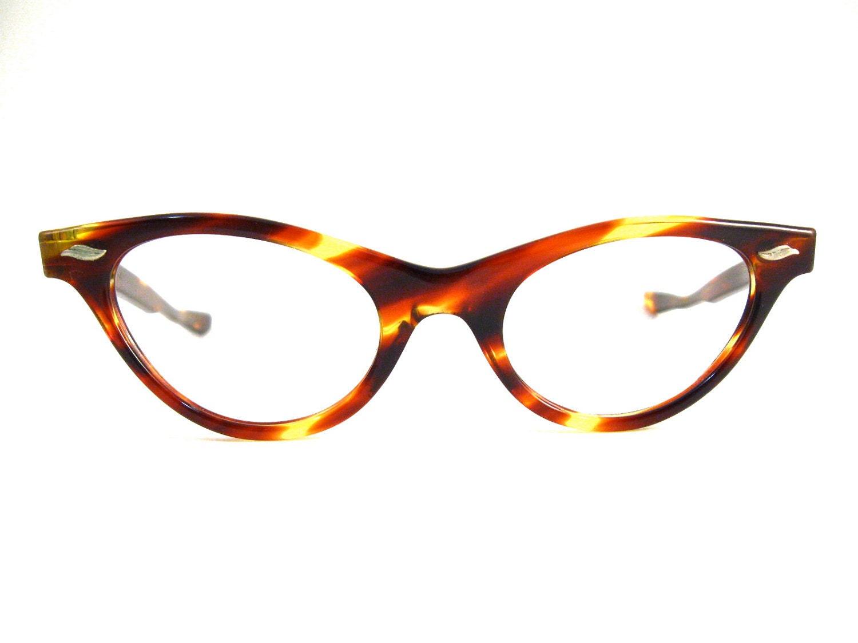 tortoise shell cat eye glasses. very cute. vintage 1950s ULCO