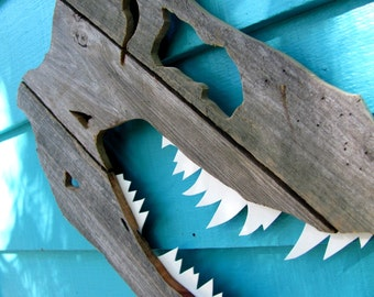 Dinosaur, T-Rex Skull made of recycled wood