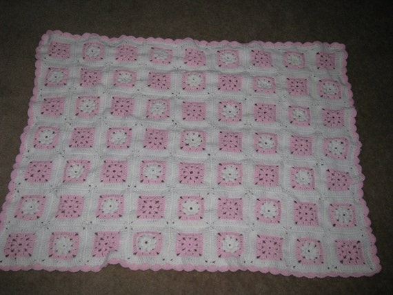 Pink and white afghan   Sale price15.00