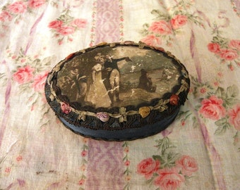 Antique ovale trinket box ROMANTIC COUPLE gold METALLIC lace & silk ribbon rosettes
