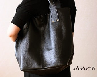 Supple Leather Large Tote Bag - Black