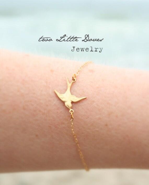 Swooping Bird Bracelet - Gold Vermeil Edition