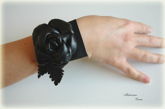 Gift Black Leather Rose Bracelet Cuff  Necklace Brooch Leather Flower Gifts Unique  Holiday Gifts