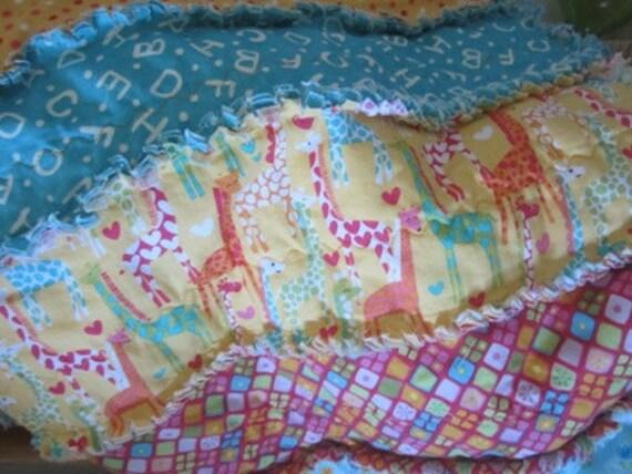 Giraffe Love.....A Kid Size Rag Quilt
