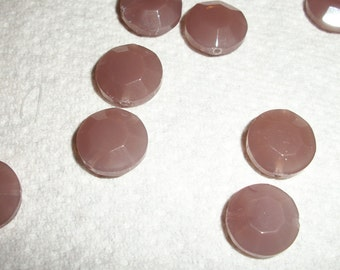4 Shiny Opaque Faceted pale Lilac Jade beads
