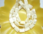 8 pcs Mother of pearl, shell, rectangle beads 15x10mm),