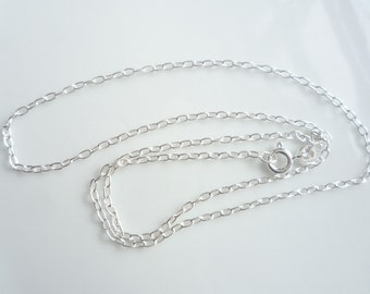 24 inches Sterling silver oval link, finished chain  (3x1.5mm)