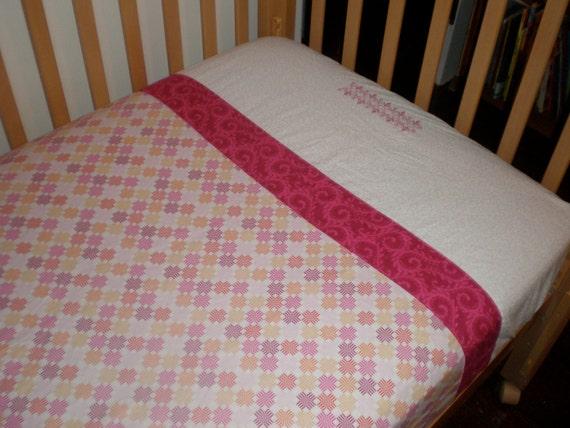 pink crib sheet / toddler bed sheet