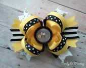 M2M Buzzing Bee Birthday Hair Bow