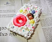 iPhone 4 Cover Case - (Sweets Series) Donut and Candy
