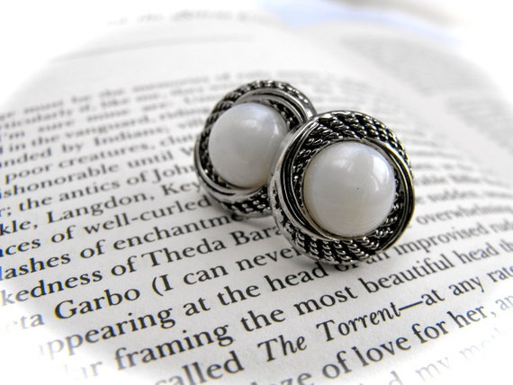 Pearl and Silver Button Earrings 089