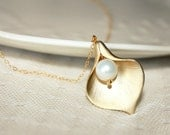 Gold Calla Lily Necklace, Pearl Necklace, Wedding Jewelry, 14k Gold Filled Chain, Bridesmaids, Ready To Ship Last Minute Christmas Gift