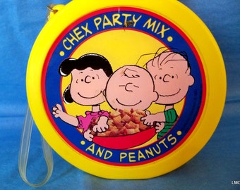 Peanuts Gang Chex Party Mix Canteen - Lucy, Linus and Charlie