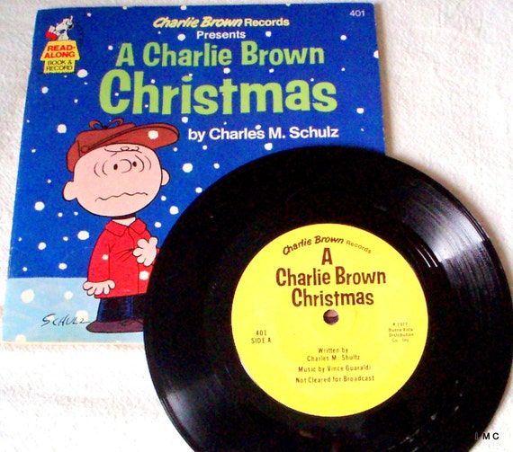 A CHARLIE BROWN CHRISTMAS - 1977 BOOK AND RECORD