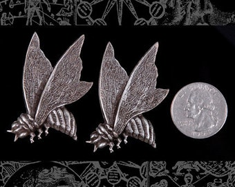 Two Silver Plated Big Queen Bees  * S-P06