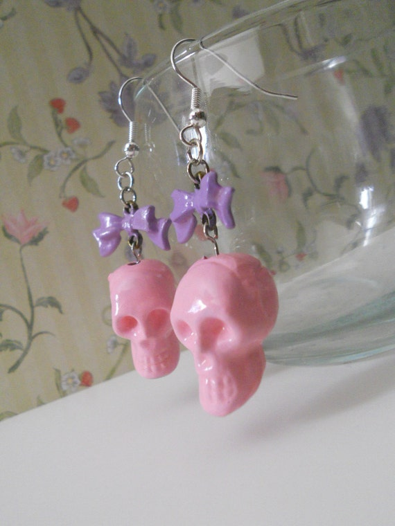 Skull earrings pink with purple bows Punk Lolita