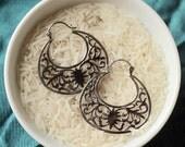 Filigre Sterlling Silver Hoop Dangle Latch Earrings