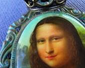 Make Me Mona - Mona Lisa with Crown Neckalce