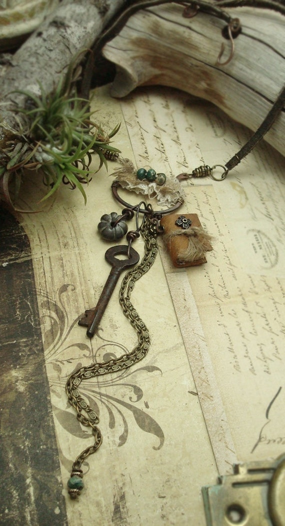 Maiden - Mixed Media Necklace