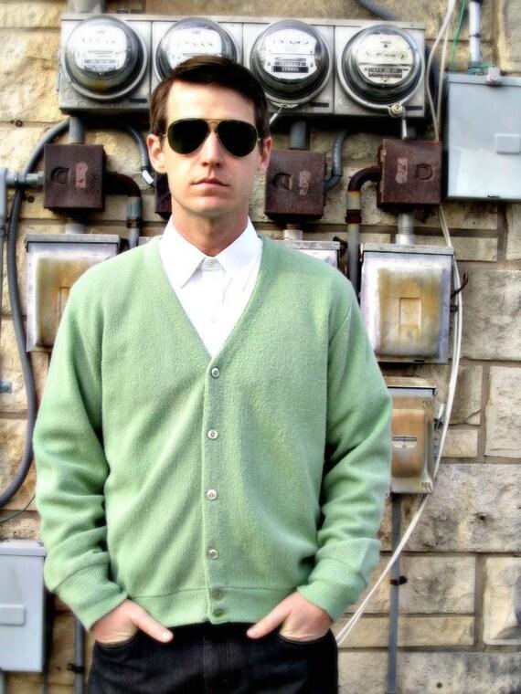 Vintage 50s Cardigan // Cool Green