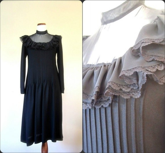 RESERVED FOR Tiny Turtle //Vintage 80s Dress // Black Victorian