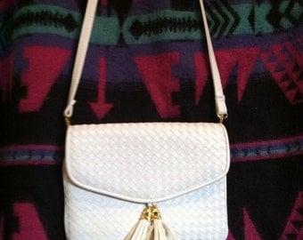 Vintage White And Gold Braided Vinyl Handbag