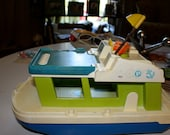 Fisher Price Play family people Boat 1980s