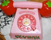 Strawberry Shortcake Play Telephone 1980s collectable Rare in good condition-