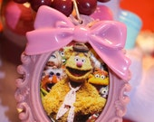 Fozzie Bear Cameo Necklace Purple Vintage beaded necklace Kawaii Bow Muppets Jim henson 80s girl