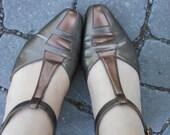 Vintage Salvatore Ferragamo T Strap Mary Jane Style Kitten Heel Size 5.5