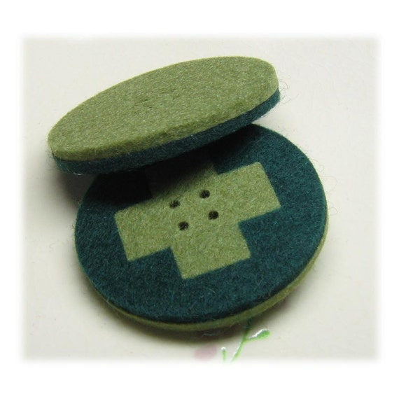 Unique Wool Felt Button, Cross Design (40mm x 40mm) - Green (C-14-6), 1 pc.JAPAN