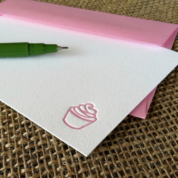 letterpress flat notecards (set of 10) - pink cupcake