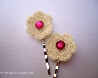 Crochet hair pins - Adorable fabric white flowers with pink rhinestone cute girl fun decorative embellish hair accessories TREASURY ITEM
