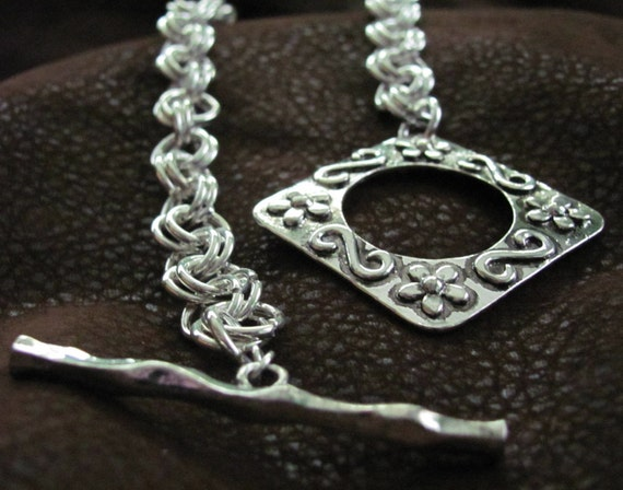 Beautiful Large Floral Silver Toggle Necklace - Designs by Pinky Loco