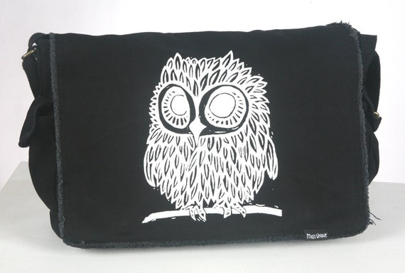 Owl on Black Messenger Bag