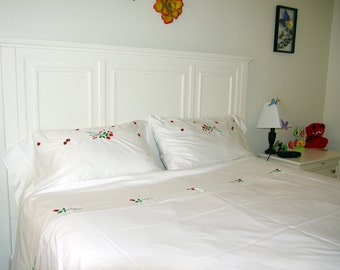 California king bedding 4 pcs Bedding set with the  embroidered flowers roses  Thread Count, gift for them, wedding gift