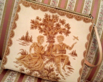 SALE Old World Romantic Lover's Tapestry Carpetbag Purse, Handbag, Beige et Cafe au Lait
