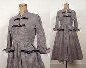 1950s Gingham Dress / 50s Day Dress