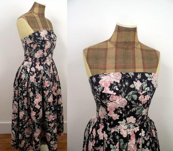 Ashley Sale: SALE 1980s Floral Laura Ashley Dress