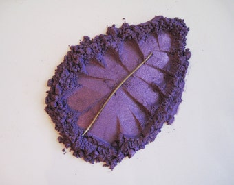 Glamor Grape - Pure and Natural Mineral Eye Shadow