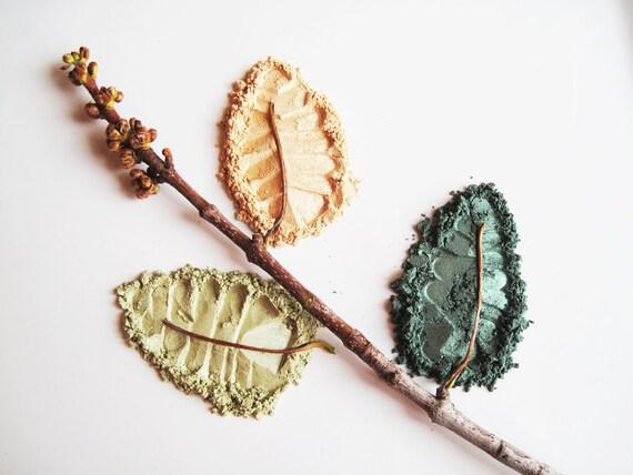 Glorious Green Kit - Set of 3 Pure and Natural Eye Shadows