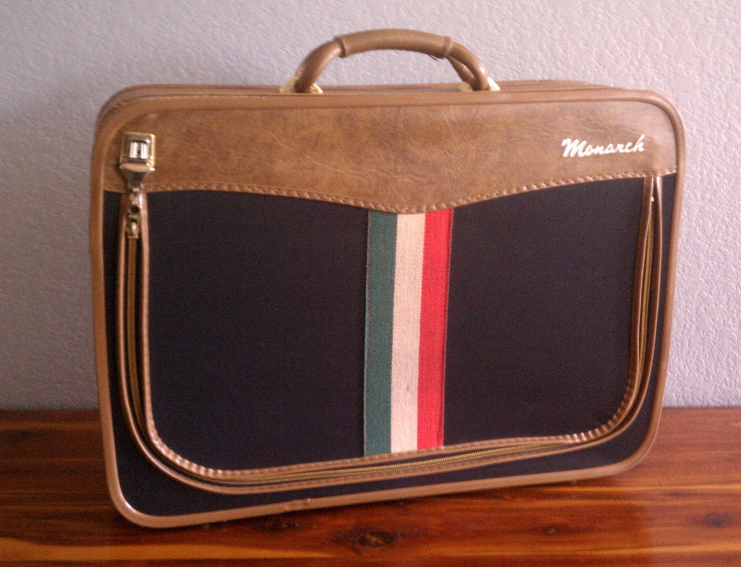 Vintage Monarch Suitcase with Italian Flag and Caramel Leather