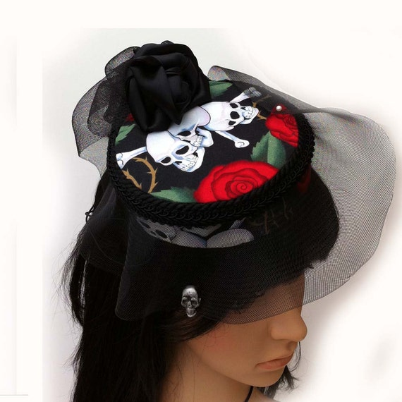 Skull and Roses Pillbox with Vintage 1950's Upcycled Veil and Pewter Skull Veil Weight