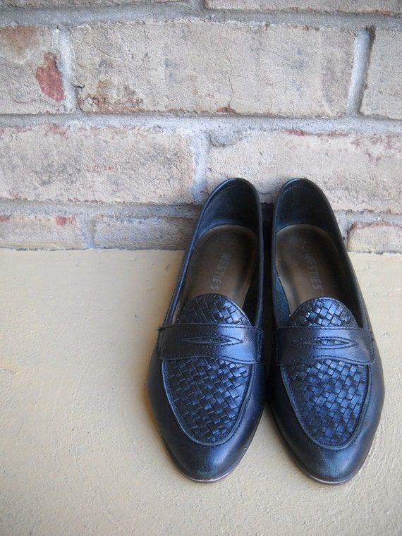 Vintage Woven Black Leather Skimmer Penny Loafer Flats Size 6M -  Wonderful Condition