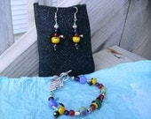 Lampwork glass Birds Bees and Flowers bracelet and earring set With new FREE gift pocket