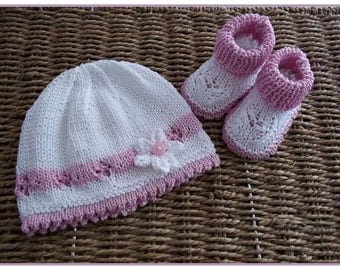 Baby Knitting Pattern for Baby Girls or Reborn Dolls - Instant Download PDF Pattern - Beanie Hat & Bootee Set in 3 Sizes