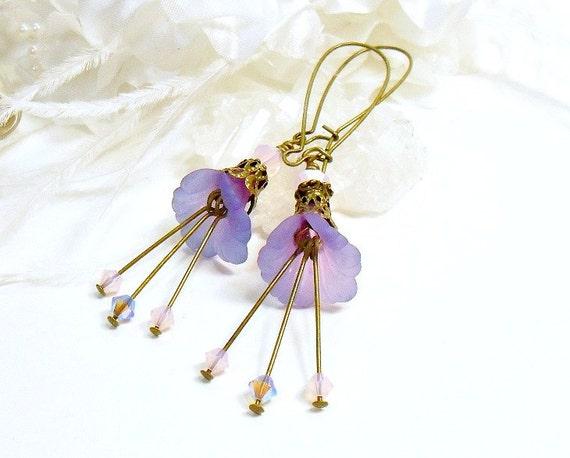 Lavender Lucite Earrings, purple earrings, Lucite Earrings, handmade earrings, brass Earrings, Romantic Earrings, Swarovski Crystals
