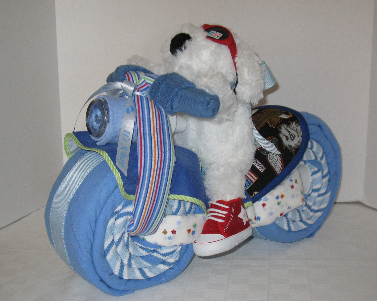 pics How to Make a Motorcycle Diaper Cake